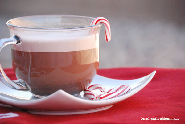 DIY Peppermint Hot Chocolate from OneCreativeMommy.com--mix it in Blendtec for a fun and frothy treat! {Candy Cane Christmas Treat Recipe}