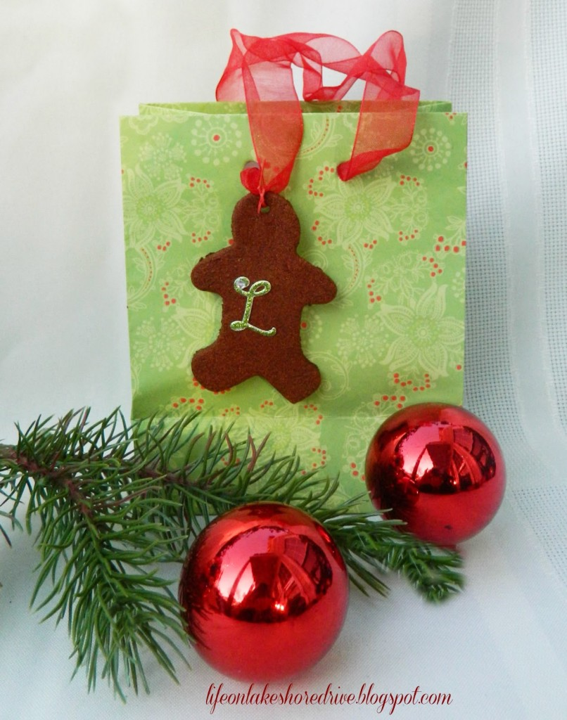 Cinnamon Applesauce Ornaments/Gift tags